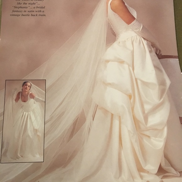 0d75345e8e2 Exquisite strapless Ivory wedding gown NWT